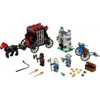 Stop the Dragon soldier from escaping with the King's Gold! LEGO Castle Theme Gold Getaway Item: 70401 Stop the Gold Getaway with a horse-drawn prison carriage, cell door bust-out function, treasure, flick-missile crossbow and 3 minifigures!