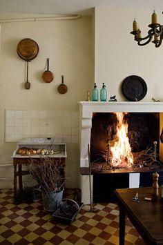 elorablue:  A Kitchen In France - Manger