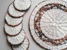 Veja algumas ideias bem simples e criativas de artesanato e reciclagem, que podem ser feitos com o uso de jornais e revistas aí na sua casa.