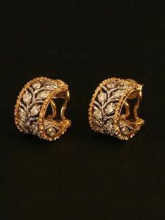 Diamond Jewelry Gorgeous Buccellati jewelry pieces for classy brides – Wedding Clan Diamond Jewelry, Gold Jewelry, Jewelery, Jewelry Accessories, Jewelry Design, Gold Necklace, Chanel Jewelry, Tiffany Jewelry, Diamond Hoop Earrings