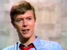 ▶ David Bowie Interviewed by Valerie Singleton 1979 - YouTube