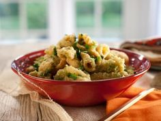 Pork Cracklings with Green Salsa (Chicharrones en Salsa Verde)