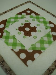 TUTORIAL: Kitchen Woodbox block (from Bee in My Bonnet)
