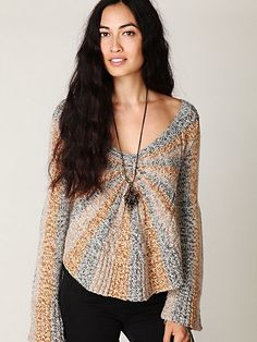 I usually don't like sweaters, but this is free people so of course I'm obsessed