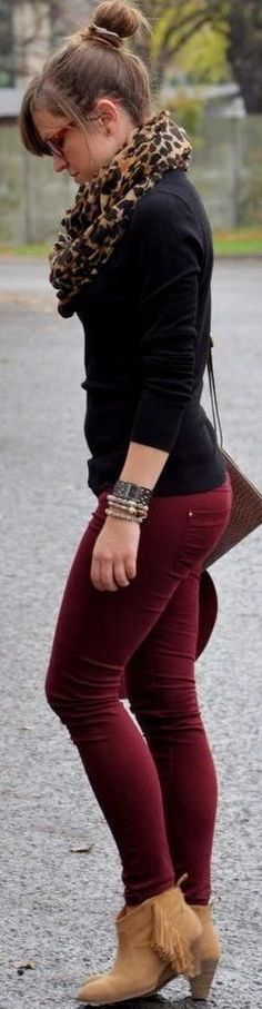 Burgundy Jeans Stylish Scarf and Warm Black Shirt. In love with this outfit! Fashion Mode, Look Fashion, Winter Fashion, Womens Fashion, Street Fashion, Trendy Fashion, Latest Fashion, Curvy Fashion, Affordable Fashion