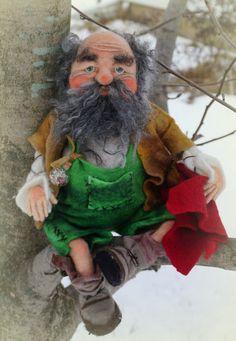 Johanni needle / wet felted Gnome von FairyfeltbySiSo auf Etsy
