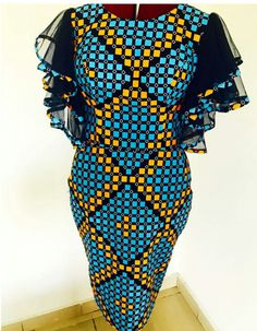 The complete pictures of latest ankara short gown styles of 2018 you've been searching for. These short ankara gown styles of 2018 are beautiful African Fashion Ankara, Latest African Fashion Dresses, African Print Fashion, Africa Fashion, Short African Dresses, African Print Dresses, Moda Afro, Ankara Dress Styles, African Traditional Dresses