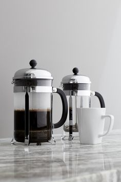 An original, dome-topped Bodum French press coffee maker with contemporary flair. The plunger-style brewing method results in fresh coffee revered for its rich, full-bodied character.