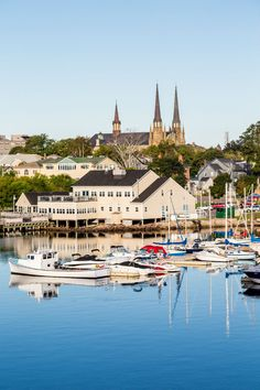 Charlottetown Marina: a North American harbour that welcomes a lot of cruise ships to Prince Edward Island in Eastern Canada. #Canada #PrinceEdwardIsland