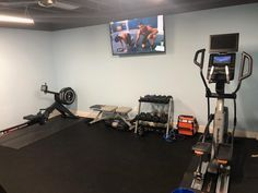home gym ideas basement Home Gym Basement, Home Gym Garage, Gym Room At Home, Home Gym Decor, Basement Workout Room, Wet Basement, Modern Basement, Basement Ideas, Workout Room Home