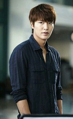 The heirs-Lee min ho in dark blue button down, scrunched, rolled up sleeves, comfortable wear Heirs Korean Drama, The Heirs, So Ji Sub, Asian Actors, Korean Actors, Lee Min Ho Kdrama, Lee And Me, K Drama, Lee Min Ho Photos