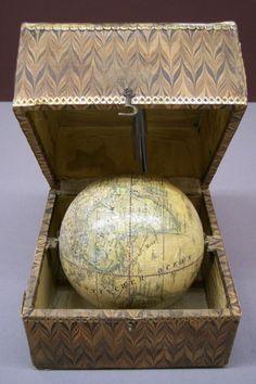 Fantastic! Globe Art, Map Globe, The World Is Flat, Travel Crafts, World Globes, Its A Wonderful Life, Art Object, Compass, Bookshelves
