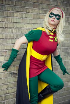 Geek Group Network: [Cosplay] Lady Robin (Stephanie Brown)
