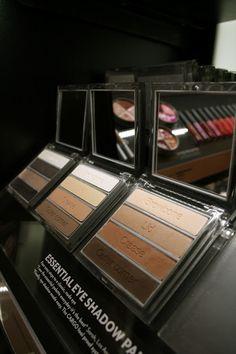 The Modern Girls Guide: BEAUTY BYZZ: Cargo Cosmetics Essential Eyeshadow!