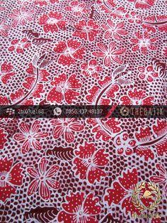Kain Batik Tulis Jogja Motif Bantulan Gringsing Merah Jambon | #Indonesia Traditional #Batik Tulis #Design. HandDrawn Process http://thebatik.co.id/kain-batik-bahan/batik-tulis/