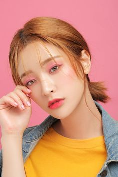 This is a fanpage of Stylenanda. all the photos belong to stylenanda. Photoshoot Themes, Makeup Photoshoot, Korean Hair Color, Cool Makeup Looks, Best Photo Poses, Korean Beauty Girls, Beauty Shoot, Models Makeup, Photo Makeup