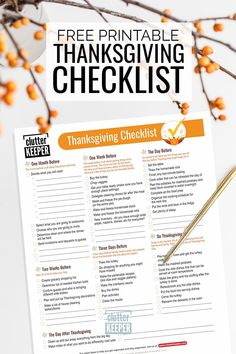 Get organized for Thanksgiving with this complete guide and free printable Thanksgiving planner with planning tips. Face this holiday with a clear mind and a solid plan. Planner Organization, Kitchen Organization, Printable Planner, Free Printables, Family Organizer, Thanksgiving Ideas, Getting Organized, Declutter, Holiday Recipes
