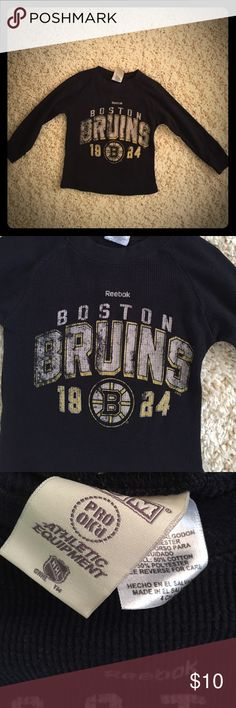 Boy's Size 4 Reebok NHL Boston Bruins Long Sleeve This is a boy's Size 4 Boston Bruins black long sleeve and is a Reebok NHL shirt. It's in excellent condition and does not have any tears, holes or stains! It was worn and washed once. It is 50% Algodon and 50% Polyester. Reebok NHL Shirts & Tops Tees - Long Sleeve