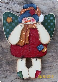 *FRISTY THE ANGEL ~  Angel Wall Hanging.