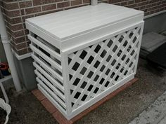 This is a nice cover for the outdoor unit of a Ductless system. It allows for plenty of air flow thru the slats.