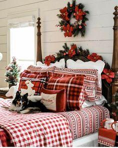 Merry Christmas To All, Christmas Scenes, Christmas 2014, Country Christmas, Christmas Ideas, Beautiful Christmas Decorations, Xmas Decorations, Holiday Decor, Christmas Bedding