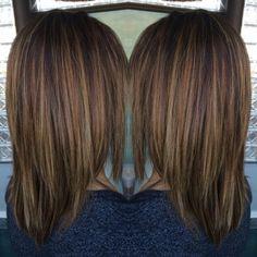 Carmel highlights hair i've done in 2019 стрижка затылка, во Carmel Highlights, Hair Color Highlights, Medium Hair Cuts, Medium Hair Styles, Long Hair Styles, Brown Hair Shades, Brown Hair Colors, Mom Hairstyles, Winter Hairstyles