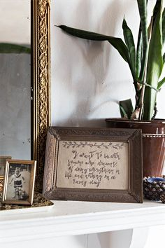 D*S Team Tours: Quelcy's Eclectic Pittsburgh Apartment