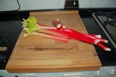 Una famiglia in cucina e altro...: MARMELLATA DI RABARBARO   Il rabarbaro è una piant...