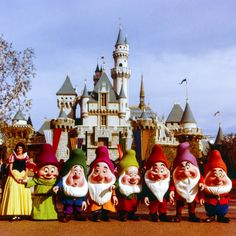 Daily Vintage Disneyland: Snow White and the Seven Dwarfs in front of Sleeping Beauty Castle from the 60's Visit our Blog for more more information on all of our photos & tips on taking great pictures in the Park. Blog http://mickeyphotosdisneyland.blogspot.com