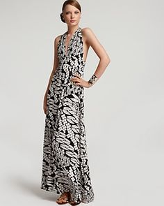 Maxi Dress - Cute for Summer Weddings.