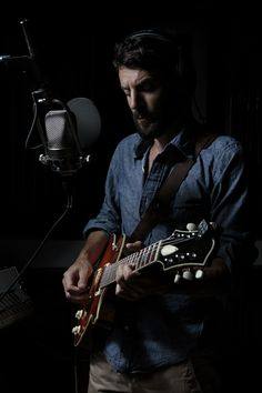 Ray LaMontagne talks about Ouroboros to Pittsburgh City Paper.