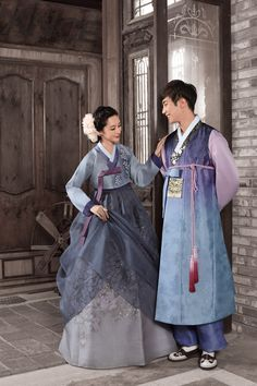303 - 304 Korean Hanbok, Korean Dress, Korean Outfits, Korean Traditional Dress, Traditional Fashion, Traditional Dresses, Cute Korean, Korean Men, Korean Wedding