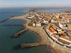 Saintes Maries de la Mer #saintesmariesdelamer #camargue #provence #plage #sable…