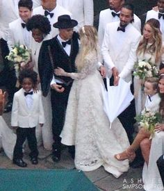 Evan ross shares photos from wedding to ashlee simpson wedding evan ross shares photos from wedding to ashlee simpson wedding evan ross and brides junglespirit Images