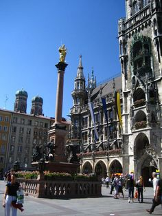 Marienplatz, Munchen, Germany ..JP & I were right here in 1996..beautiful country! Prost!