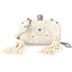 Alexander McQueen Classic Embroidered Skull Clutch Bag w/Strap (€3.830) ❤ liked on Polyvore featuring bags, handbags, clutches, white, white beaded purse, beaded clutches, alexander mcqueen purse, skull clutches and skull handbag