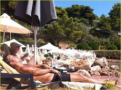 Colin Farrell Goes Shirtless & Soaks Up the Sun in Vouliagmeni, Greece  04/09/14