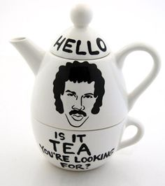 My blog for @Flavourites - de leukste webshops! about Lionel Richie, manatea and other lame tea jokes. (In Dutch)