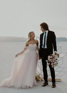 Elope Wedding, Wedding Groom, Boho Wedding, Romantic Photography, Couple Photography, Elopement Inspiration, Elopement Ideas, Tomboy Girl, Groom Looks