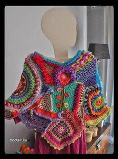 Fabulous Crochet a Little Black Crochet Dress Ideas. Georgeous Crochet a Little Black Crochet Dress Ideas. Poncho Crochet, Crochet Shirt, Freeform Crochet, Crochet Scarves, Irish Crochet, Crochet Motif, Crochet Clothes, Free Crochet, Crochet Patterns