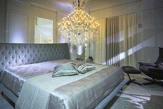 CASA COR SC | Penthouse Concept,ambiente assinado pelo decorador Granatti Junior com persianas, colcha, travesseiros, almofadas, cortinas e xales Spengler Decor. Foto:Cicero Viegas  #casacorsc #granattijunior #SpenglerDecor