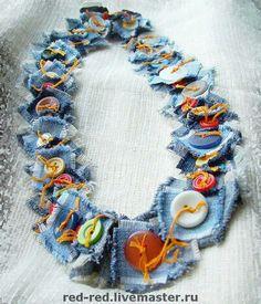 Button textile necklace