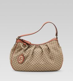 "232955 FAGEG 8396 ""sukey"" medium hobo with detachable interlocking G charm Gucci Outlet Online, Gucci Bags Outlet, Cheap Gucci Bags, Chanel Online, Replica Handbags, Handbags Online, Purses Online, Gucci Hobo Bag, Hobo Bags"