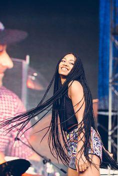 Solange is long box braids. I love this look!  #boxbraids #solangebraids