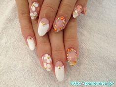 クリアベースに白とピンクのお花を描いたデザイン Design depicting a flower of pink and white in clear base