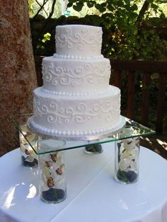 The Eye candy rival in the shape of a wedding event cake is the only risk the bride-to-be needs to compete with on her big day in looking great. #weddingcakessimple Wedding Cake Display, Cake Stand Display, 3 Tier Wedding Cakes, Wedding Cake Flavors, Wedding Cake Stands, Unique Wedding Cakes, Beautiful Wedding Cakes, Wedding Cake Designs, Beautiful Cakes