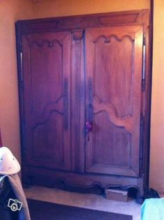 armoire ancienne ameublement gironde armoires pinterest armoire ancienne. Black Bedroom Furniture Sets. Home Design Ideas