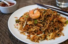 Mie Goreng Recipe (Indonesian Fried Noodles) with Chicken and Shrimp Javanese Recipe, Mie Goreng Recipe, Fried Noodles Recipe, Fried Shallots, Chicken And Shrimp Recipes, Asian Recipes, Ethnic Recipes, Cooking For Two