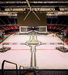 This is what the stage looks like In Cardiff! - (by: @KRF1D)