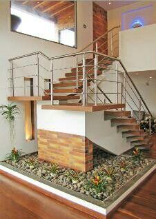 Escaleras casa campestre